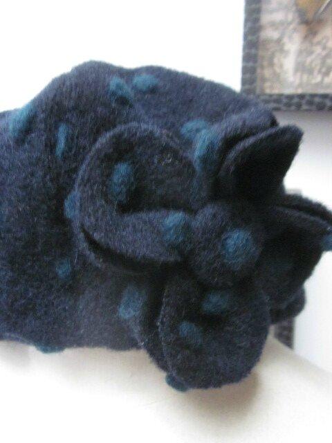 Chapeau AGATHE en maille lainage marine à pois verts doublé de coton marine - taille 60 (3)