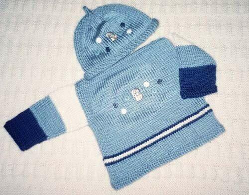 Ensemble pour petit garçon (chandail, chapeau et couverture).