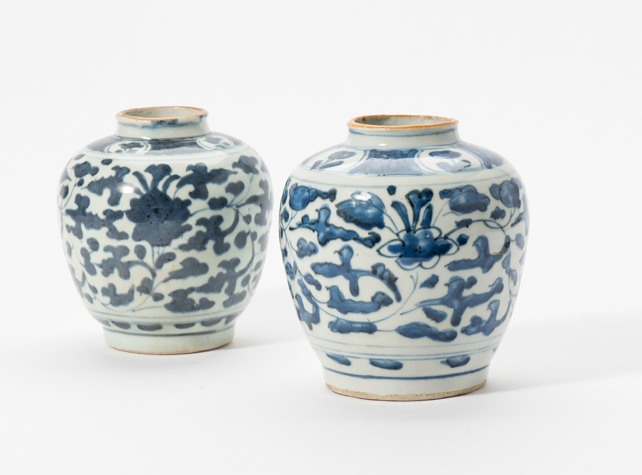 Two blue and white vases, Wanli period (1573-1619)