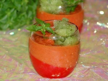 Soupe_de_tomates__cr_me_glac_e_au_concombre_034