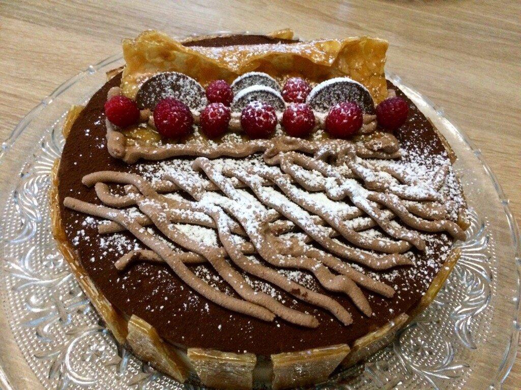 Gâteau aux 3 chocolats avec biscuit breton
