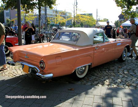 Ford thunderbird 2-door convertible de 1957 (Rallye de France 2011) 02