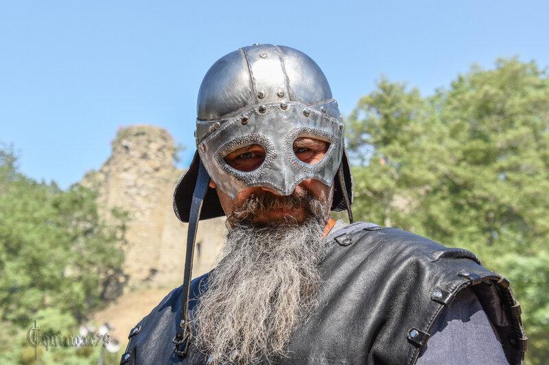 An Mil Talmont Saint Hilaire - Les premiers Seigneurs du Poitou contre L'INVASION DES NORMANDS (Les Forteresses de la Mer)