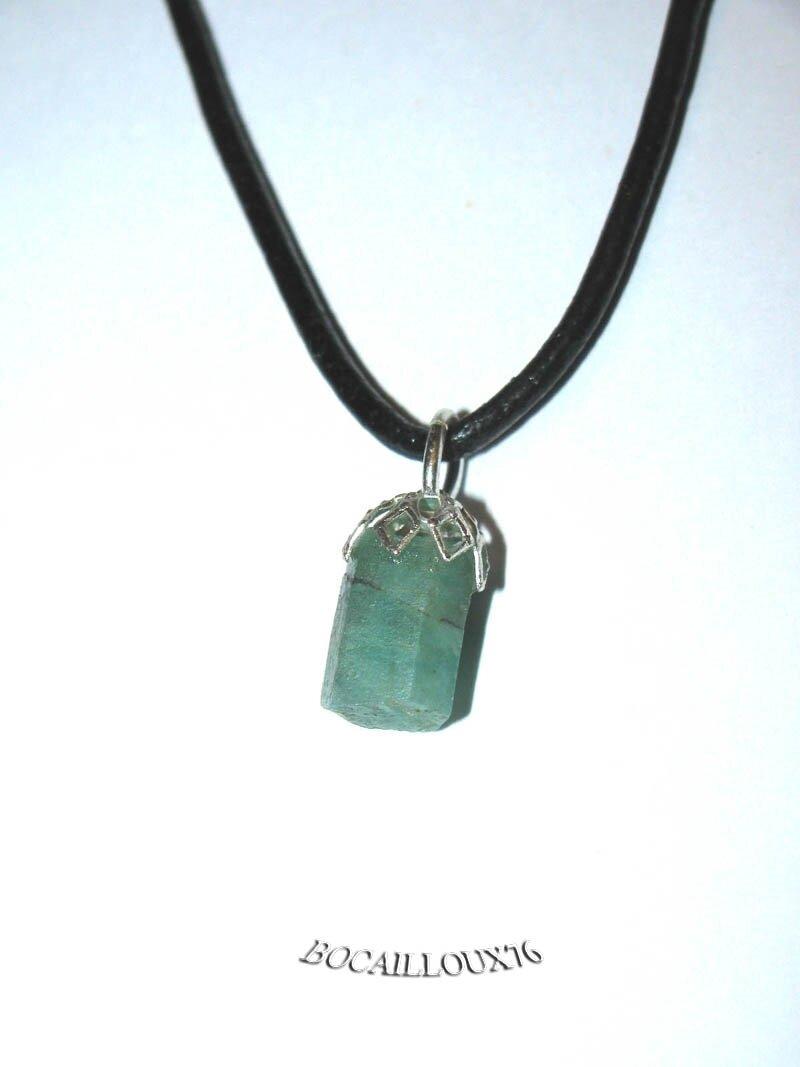 EMERAUDE 9 (Béryl Vert) Cristal Brut