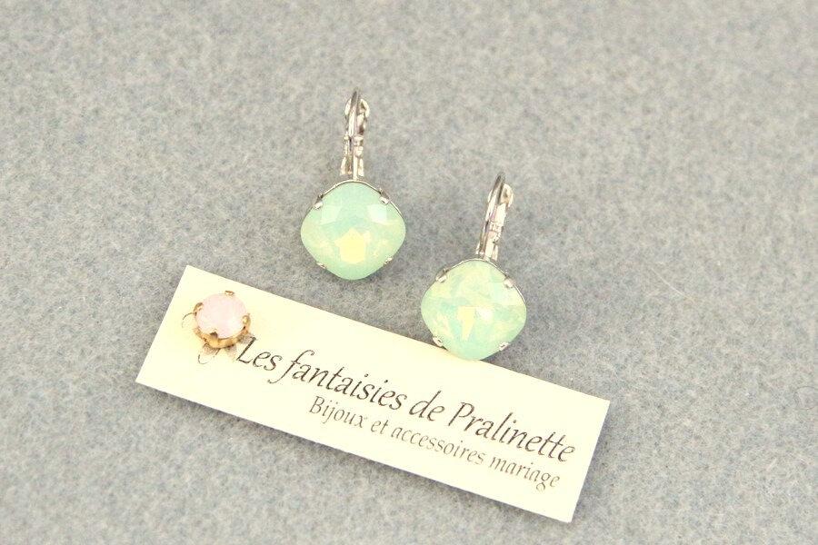 bijoux-mariage-soiree-temoin-cortege-bocules-d-oreilles-Soline-cristal-vert-chrysolite-opal-2