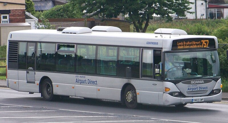 1280px-Centrebus_Holdings_bus_784_(YN03_UWP)_2003_Scania_CN94UB_OmniCity,_757_Airport_Direct,_Yeadon,_24_July_2010