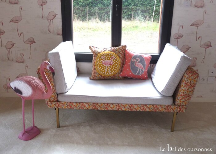 101 Blog Daybed Vintage Liberty Flamant rose coussin 2