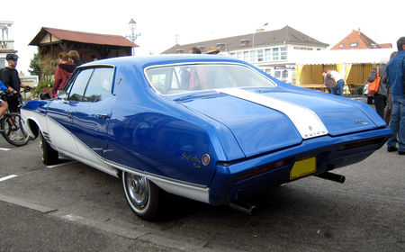 Buick_skylark_custom_de_1968_04