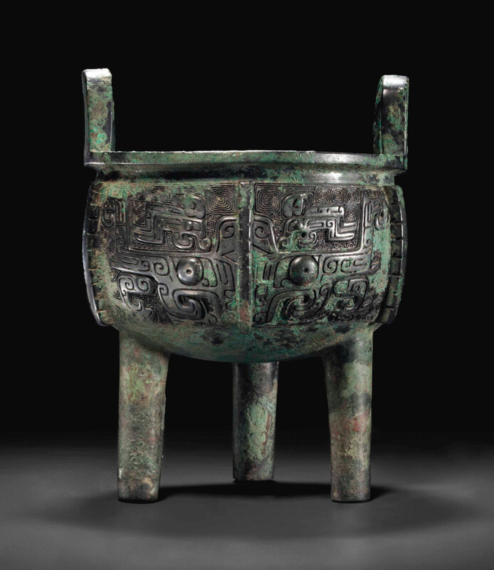 2014_NYR_02830_2013_000(a_bronze_ritual_tripod_food_vessel_ding_late_shang_dynasty_12th_11th_c) (1)