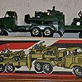 Grand semi remorque militaire porte char marque karpan