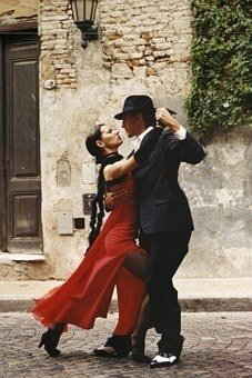 tango-190026__340