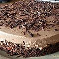 Entremet au chocolat praliné sur base croustillante