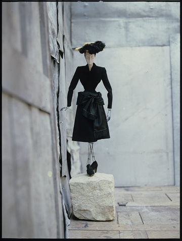 David Seidner, Balenciaga, 1990 © International Center of Photography, David Seidner Archive