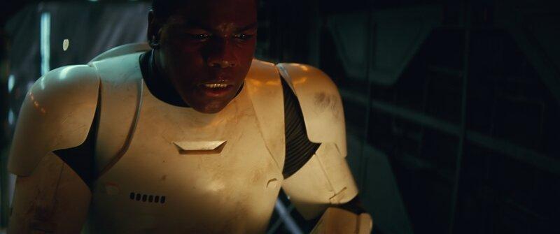 John Boyega dans le rôle de : Finn