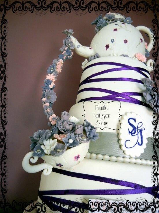 gateau de mariage theiere et fleurs prunille fait son show 6