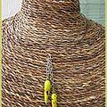 Pendentif piment monté sur collier rigide(cc64)