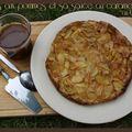Clafoutis aux pommes et sa sauce au caramel à la fleur de sel