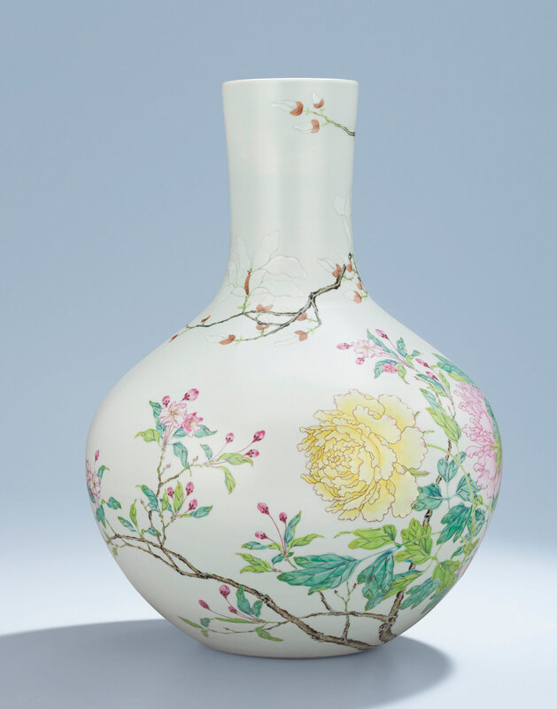 2014_HGK_03320_2914_001(a_magnificent_and_rare_famille_rose_vase_tianqiuping_yongzheng_six-cha)