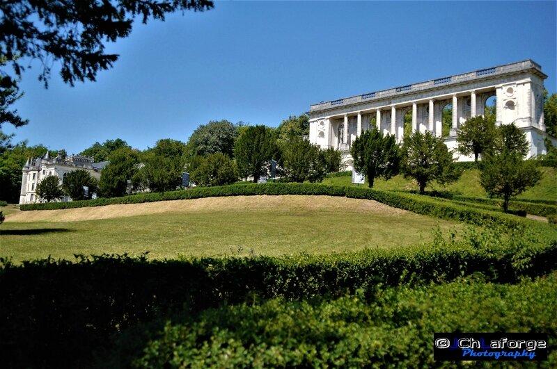 Magnac-Lavalette chateau Juil 2012 (3)