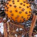 Orange de noel et son pot-pourri d'epices