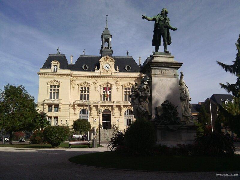 Mairie de Tarbes sous la surveillance de Danton