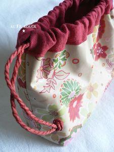 Pochon Fleurs rouges détail 2