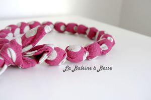 collier boule tissu rose pois blanc enfant