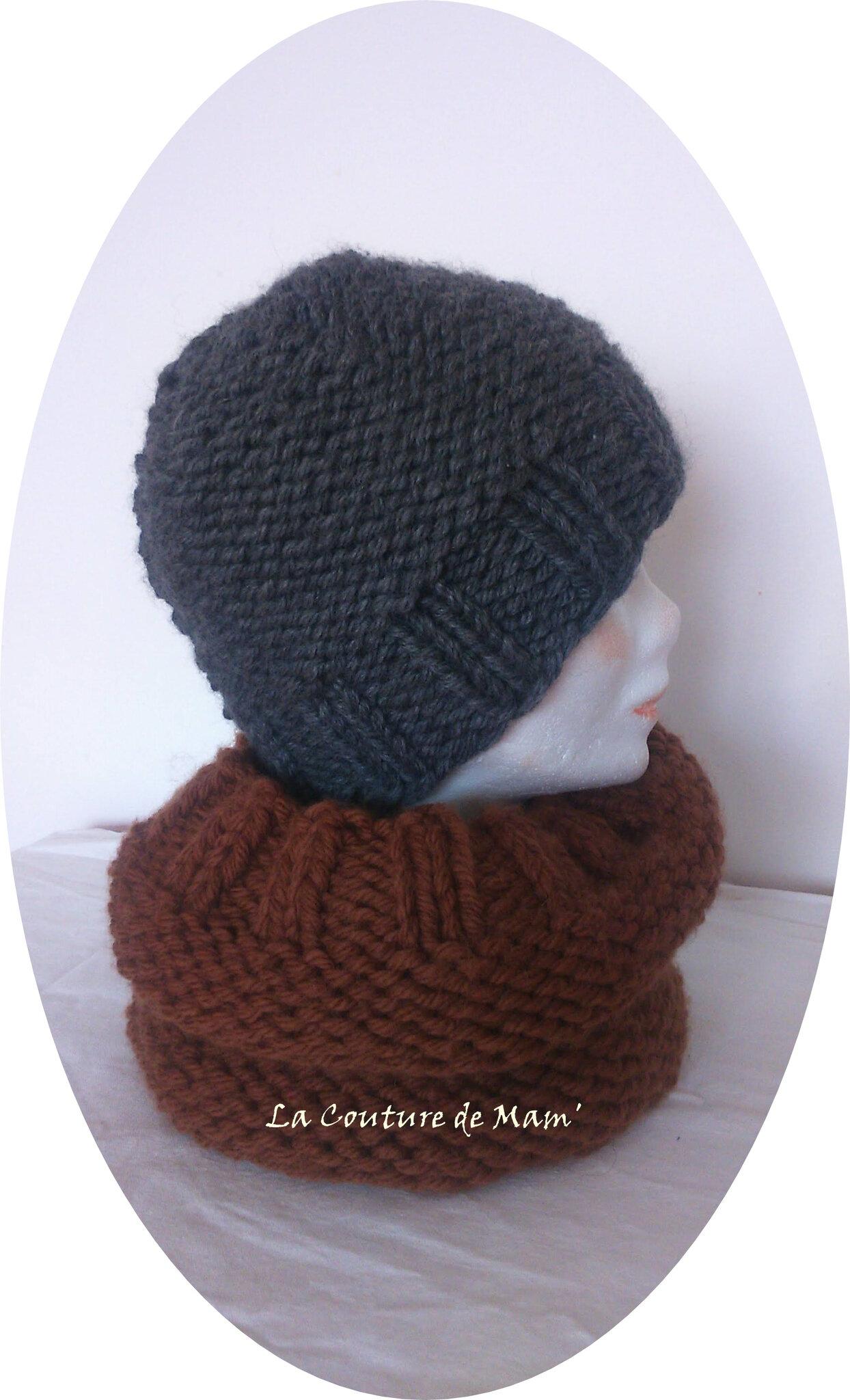 Un bonnet et son snood coordonné
