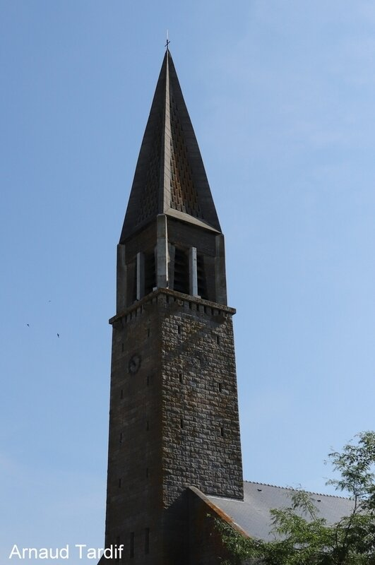 001558 Guidel - L'Eglise de Guidel