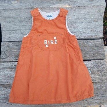 Lou y es-tu, que fais-tu, je mets ma robe orange, 1 an