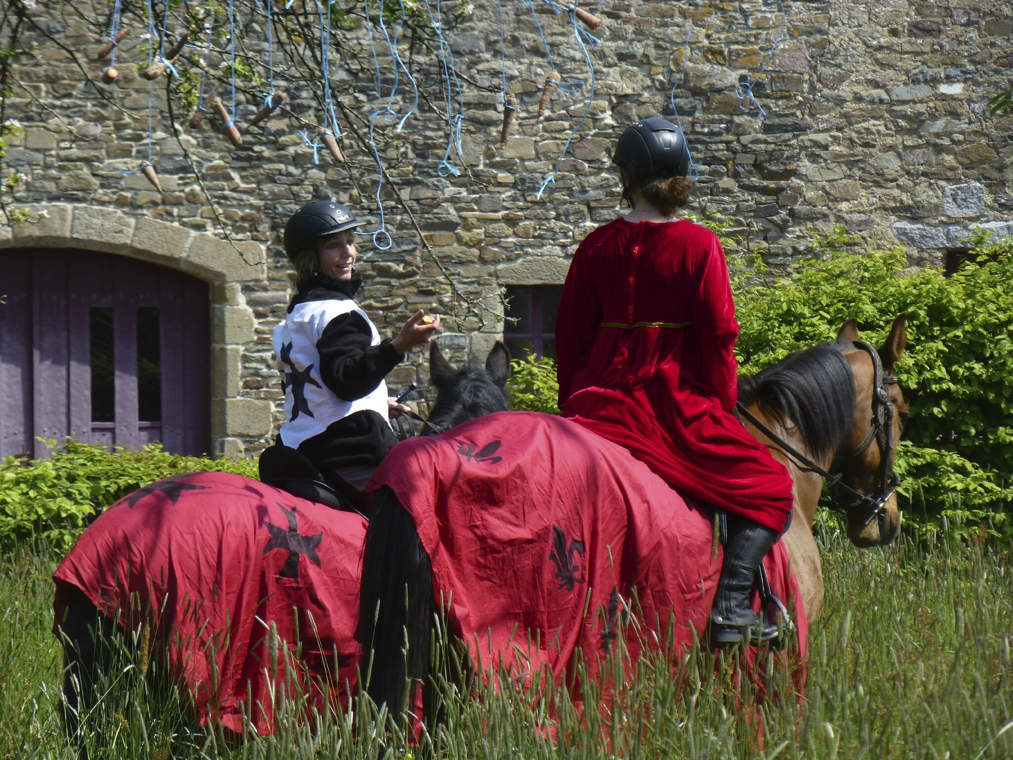 balade à cheval médiévale - Abbaye de Hambye (234)