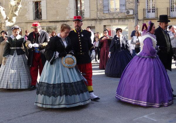 Roquemaure danse bourgeois