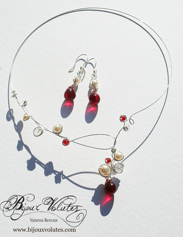 collier-mariage-goutte-rouge