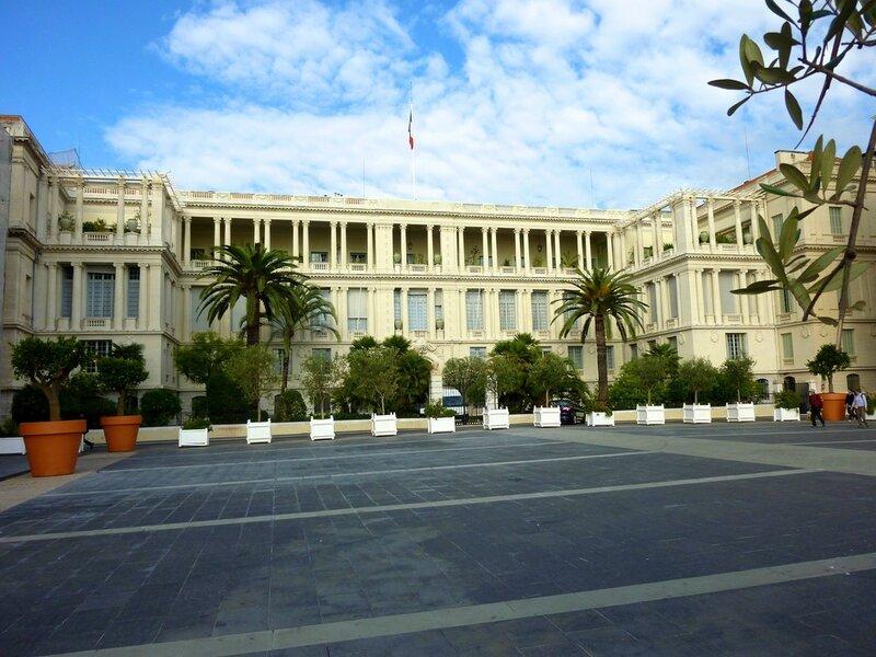 palais de la préfecture place gautier