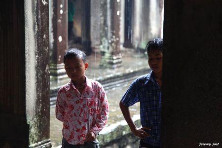 enfants angkor wat