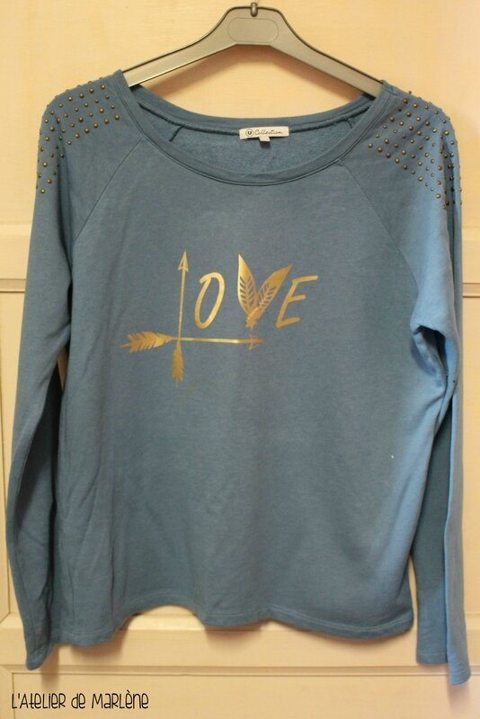 sweat customisé Love plumes