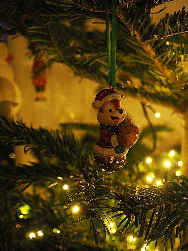 decoration-boules-tic & tac-disney-store-noel-sapin-ma-rue-bric-a-brac