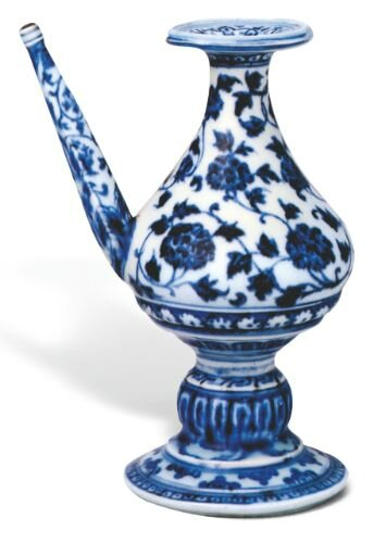 Blue and white holy water vessel, Ming dynasty, Yongle period © The Collection of the Palace Museum, Beijing