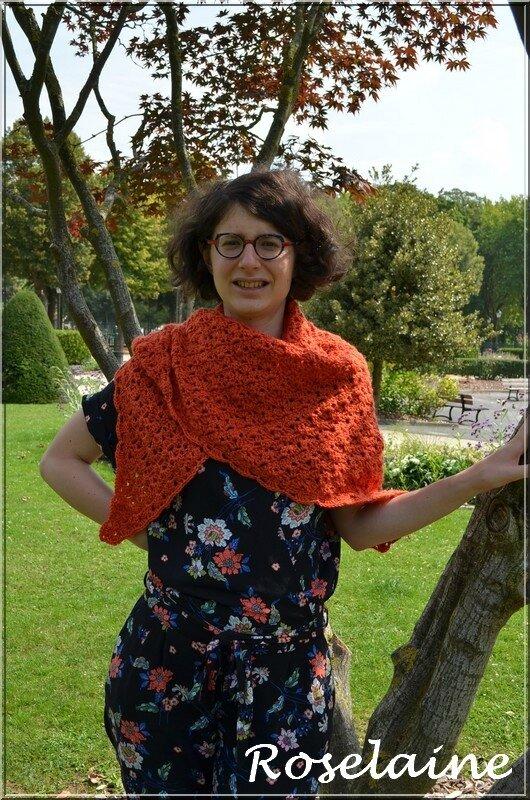 Roselaine Shawl SimplyCrochet 3