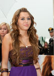 Hannah_Montana_Movie_Rome_Premiere_th_dH7DjiSCl