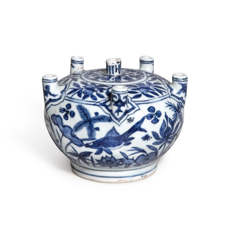 A rare blue and white multi-spouted 'fish' vase, Mark and period of Jiajing (1522-1566)