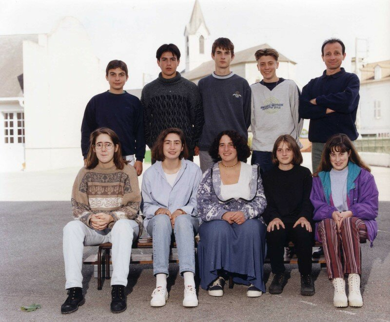 COLLEGE 1998 99 4e C195