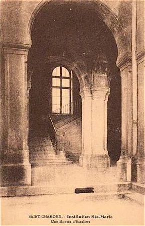 Ste-Marie montée d'escalier