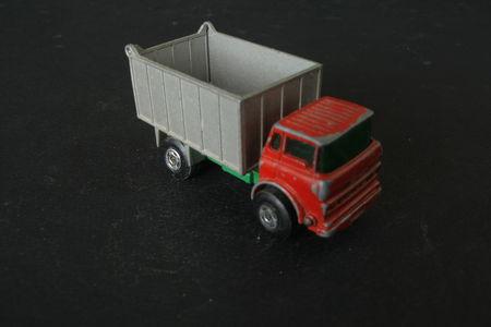 26_GMC_Tipper_Truck_02