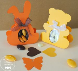 sujet-bapteme-lapin-ourson-nounours-theme-afrique-savane-jaune-orange-moka-boite-dragees-transparent