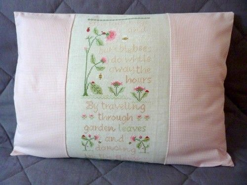 Coussin Ladybugs and Bumblebees