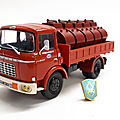 Berliet gak 5 citernes essence.hachette. collection berliet. #18. 1/43.
