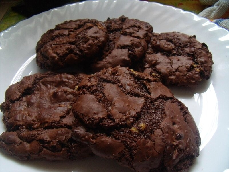 outrageous chocolate cookies (4)