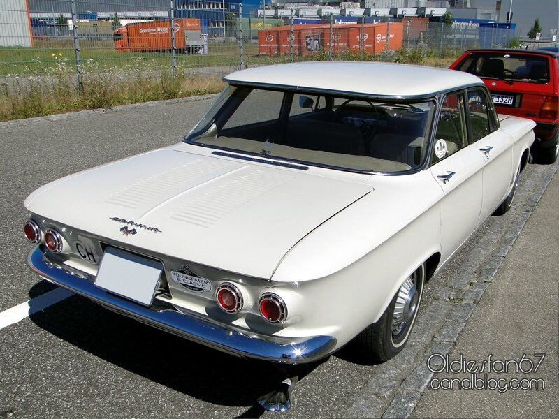 chevrolet-corvair-monza-900-sedan-1962-02