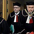Les polonais défendent leurs juges